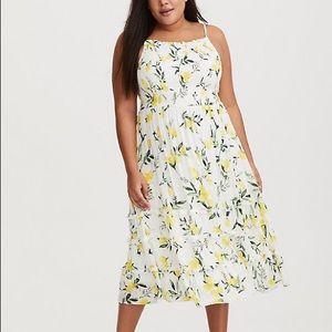 NWT torrid midi lemon print smocked dress